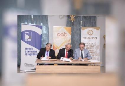 Nënshkruhet memorandumi i bashkëpunimit në fushën financiare dhe të sigurimit